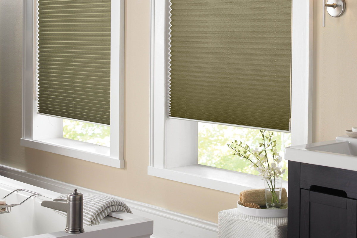 bedroom qmotion inspire hc audio lr cream blinds wireless visual shades residential